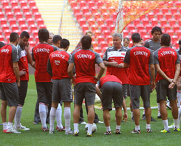 Turkey squad announced for Germany and Azerbaijan qualifiers