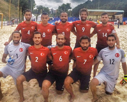 Beach Soccer National Team beat Lithuania: 7-4