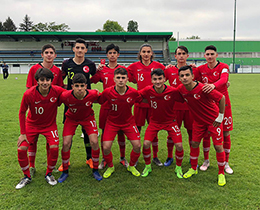 U15s draw with Russia: 1-1
