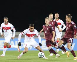 Letonya 0-0 Türkiyeİkinci yarı oynanıyor