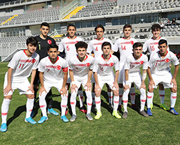 U16s lost against Italy: 4-0